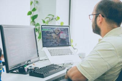 Melden Sie Google urheberrechtlich geschützte Inhalte